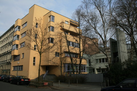 Church school and apartments on Lausitzer Strasse